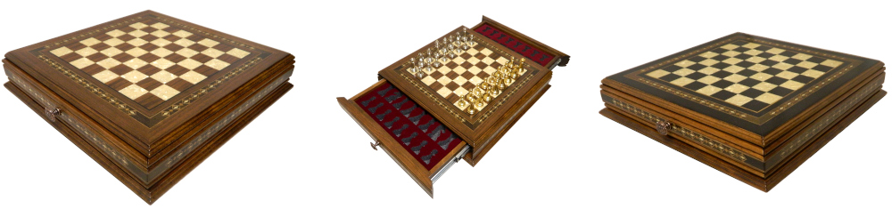 Excellent Chess Set Design with Artistic Flourishes