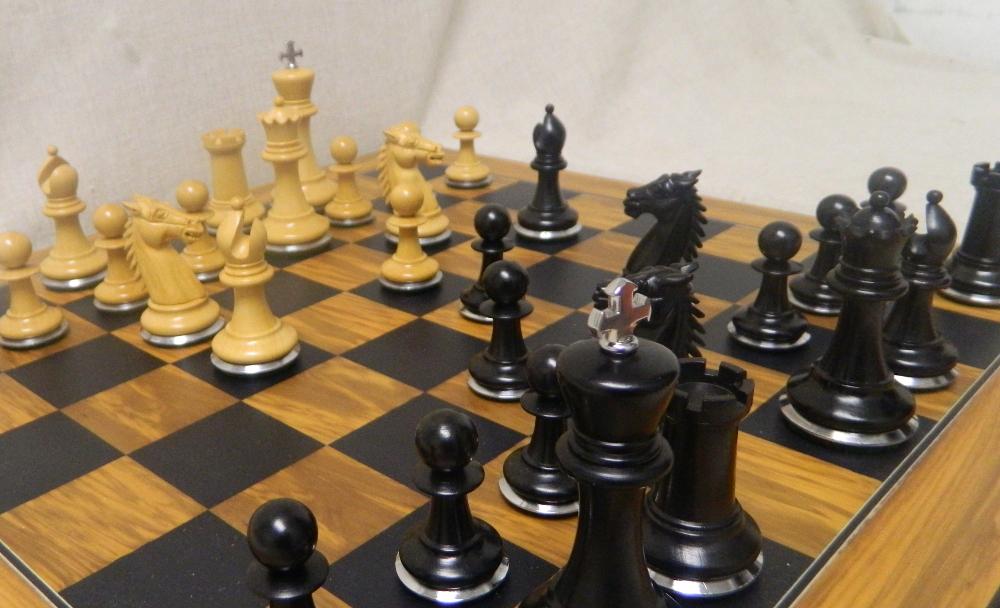 The Conqueror Staunton Chess Pieces