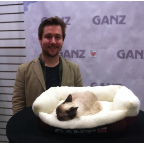Grumpy Cat at the Toy Fair