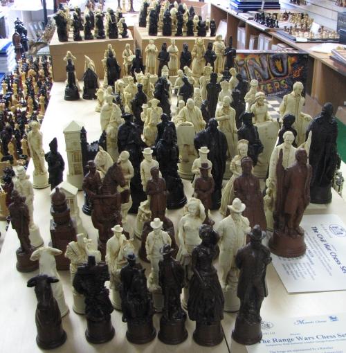 new crushed stone theme chessmen