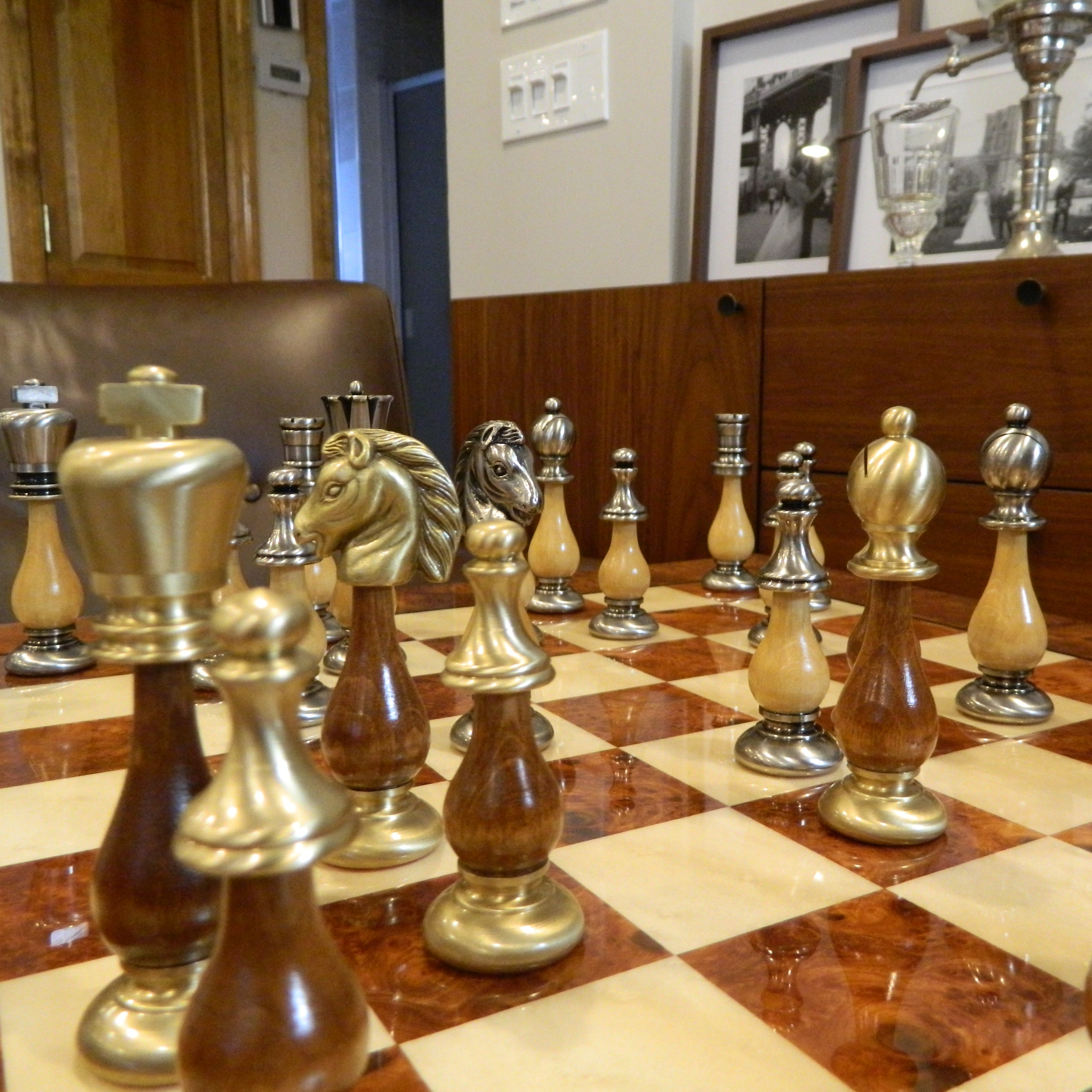 Heirloom Solid Br And Wood Chess Set