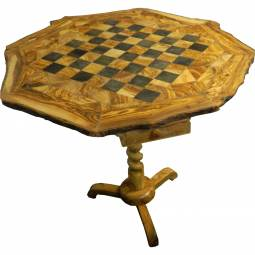 Executive Olivewood Pedestal Chess Table
