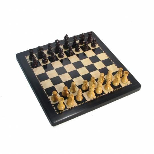 Medium Ebony Finish Exclusive Analysis Chess Set with Case