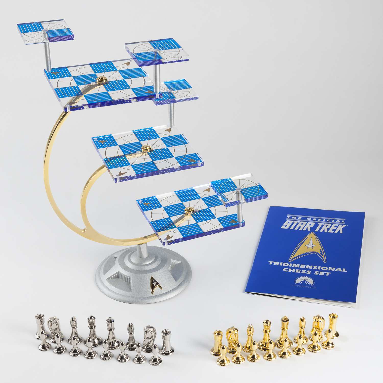 Franklin Mint 50th Anniversary Star Trek Tridimensional Chess Set